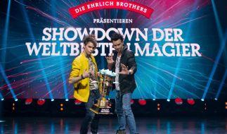 Die international bekannten und mehrfach ausgezeichneten Zauberbrüder Christian (l.) und Andreas Ehrlich bitten zu einem magischen Duell der Extraklasse. (Foto)
