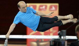 TV-Star Bernhard Hoecker macht auch als Sportskanone eine blendende Figur. (Foto)