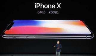 Das iPhone X ist seit 3. November im Handel erhältlich. (Foto)