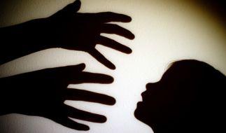 Schottische Politikerin mit neuem Vorstoß in Prävention von Kindesmissbrauch. (Foto)