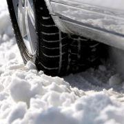 Winter-Unfall mit Sommerreifen - Zahlt die Haftpflicht? (Foto)