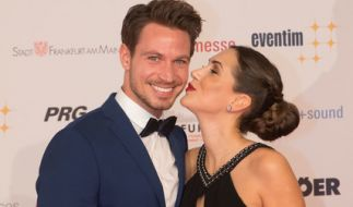 """Seit der """"Bachelor""""-Staffel von 2017 schwer verliebt: Sebastian Pannek und Clea-Lacy Juhn. (Foto)"""