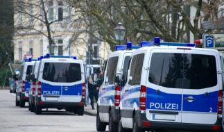 Ein randalierender Rostocker kommt bei einem Polizeieinsatz zu Tode. (Symbolbild) (Foto)
