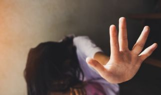 Eine Zwölfjährige wurd ein Russland stundenlang missbraucht. (Foto)