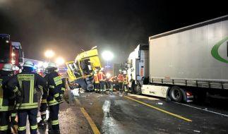 Auf der A3 spritzte ein Feuerwehrmann Gaffer nass. (Foto)