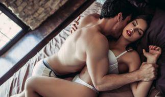 Laut Tracy Cox sollten Frauen beim Sex einen Push-Up-BH tragen. Dann fallen kleine Brüste nicht so auf. (Foto)