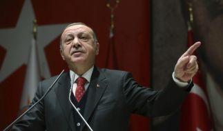 Erdogan verbietet vorerst alle Lesben- und Schwulen-Events. (Foto)