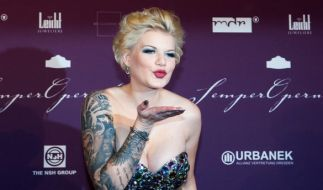 Melanie Müller erntet Shitstorm wegen Baby Mia Rose. (Foto)