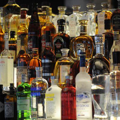 Verschiedene Alkohol-Arten lösen unterschiedliche Reaktionen aus (Foto)