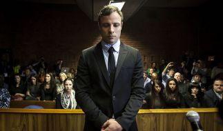 Es-Spitzensportler Oscar Pistorius erhielt für die tödlichen Schüsse auf Reeva Steenkamp zunächst eine milde Haftstrafe - nun wurde das Strafmaß erhöht. (Foto)