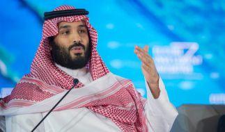 Der saudi-arabische Kronprinz Mohammed bin Salman hat das politische Oberhaupt des Irans, Ajatollah Ali Chamenei, scharf kritisiert. (Foto)