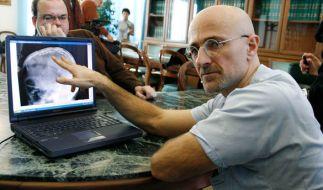 Der italienische Chirurg Sergio Canavero möchte die erste Kopftransplantation weltweit durchführen. (Foto)