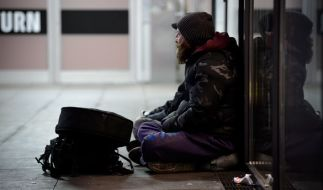 Ein Obdachloser half einer jungen Frau in den USA aus der Patsche - und wurde mit einer rührenden Geste belohnt (Symbolbild). (Foto)