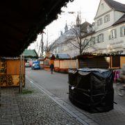Mit Pflanzkübeln und Geschenkpapier gegen den Terror (Foto)