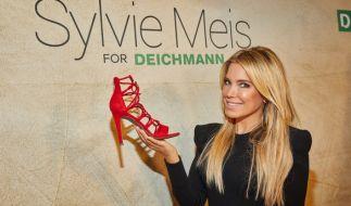 Für ihre Liebe zu High Heels nimmt Sylvie Meis so einiges in Kauf. (Foto)