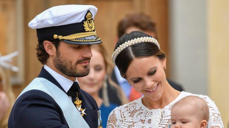 Prinz Carl Philip von Schweden und seine Ehefrau Prinzessin Sofia von Schweden feierten am 9. September 2016 die Taufe ihres Erstgeborenen Prinz Alexander. (Foto)
