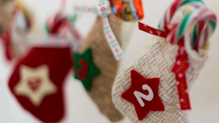 Online locken zahlreiche Händler mit Adventskalender-Gewinnspielen in der Vorweihnachtszeit. (Symbolbild)