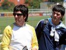 Lionel Messi Vater Jorge (l.) sowie sein Bruder Mathias Messi bei der Fußball-WM 2006 in Deutschland. (Foto)