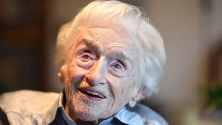 Edelgard Huber von Gersdorff, die wahrscheinlich älteste Frau Deutschlands, feierte im vergangenen Jahr ihren 111. Geburtstag. (Foto)