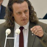 """AfDler sorgt mit """"totaler Krieg""""-Rede für Eklat - und wird gewählt (Foto)"""