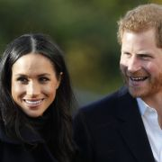 Trällert DIESER Mega-Star auf ihrer Hochzeit mit Prinz Harry? (Foto)