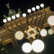 Bedeutung, Bräuche und mehr! So wird das jüdische Lichterfest Hanukkah gefeiert (Foto)