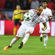 Deutliches Zeichen gegen PSG! FC Bayern München siegt mit 3:1 (Foto)
