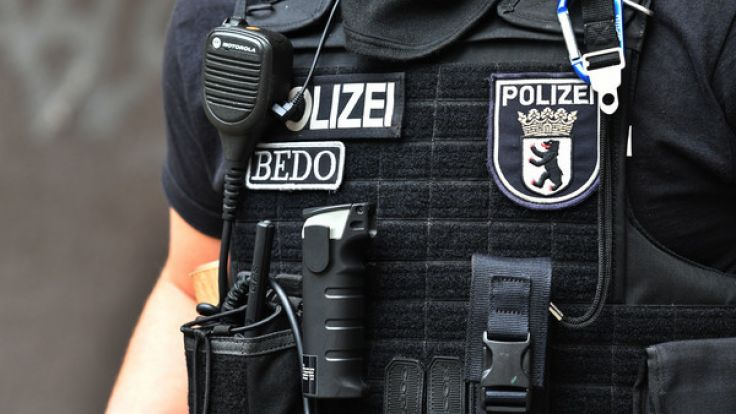 Fünf Monate nach den Krawallen beim G20-Gipfel startet die Polizei eine Riesen-Razzia.
