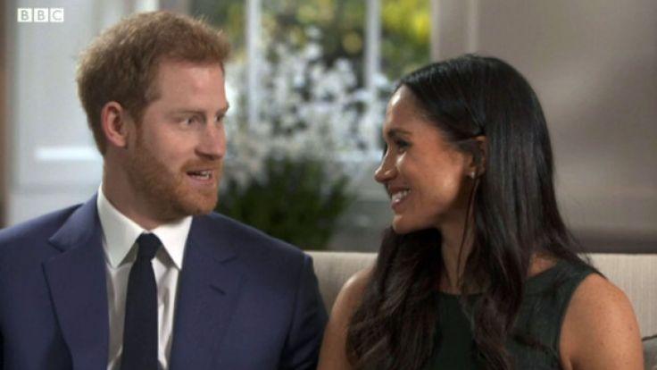 Prinz Harry und Meghan Markle bei ihrem ersten Interview: Ihre Liebe ist kaum zu übersehen. (Foto)