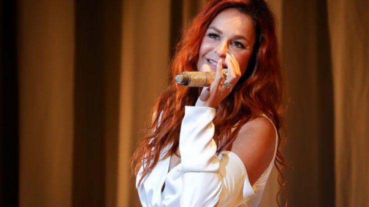Andrea Berg überrascht ihre Fans mit einem Konzert.