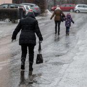 Wetter am 2. Advent: Es drohen Neuschnee und Glatteis (Foto)