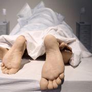 Mann schändet Leiche seiner Freundin - DAS ist seine Begründung (Foto)