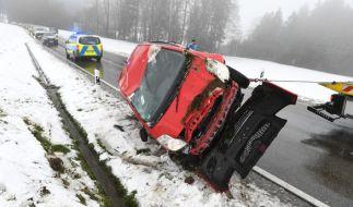 Der Winter legt Deutschlands Straßen lahm. (Foto)