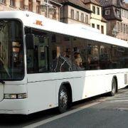 Bein eingeklemmt! Bus schleift Schüler mit (Foto)