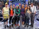Moderator Günther Jauch (M.) mit seinen Kandiaten (v.l.) Thomas Leinweber, Barbara Kotzulla, Andreas Schmidt, Ida Meyenberg, Antje Gerhardt, Philip Lemmer, Nadine Dubberke, Jochen Damm. (Foto)