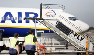 Deutsche Piloten der Billigfluglinie Ryanair haben Streiks angekündigt. (Foto)