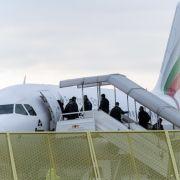 Abgeschobener Afghane muss zurück nach Deutschland (Foto)