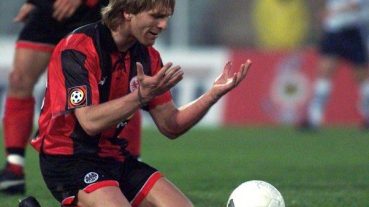Fußballer Ansgar Brinkmann stand in seiner aktiven Karriere unter anderem für Eintracht Frankfurt in der Bundesliga auf dem Platz. (Foto)