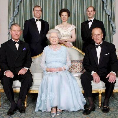 Luxus? Von wegen! Das schenken sich die Royals zu Weihnachten (Foto)