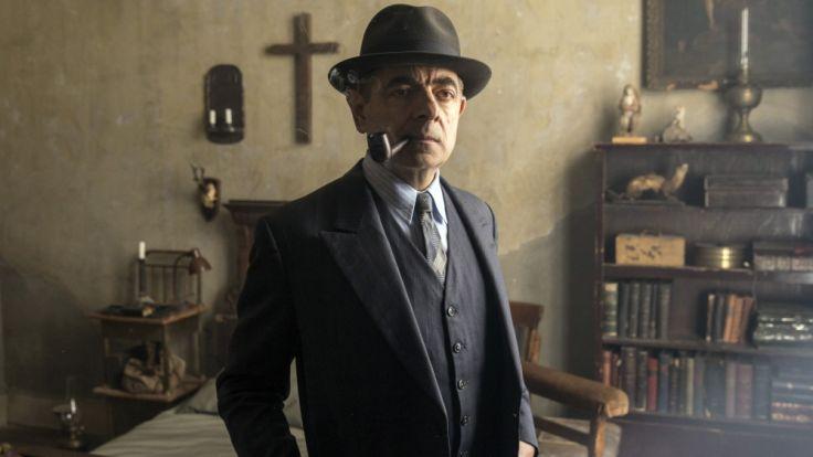 Erneut ist Kommissar Maigret (Rowan Atkinson) einem Verbrechen auf der Spur. (Foto)