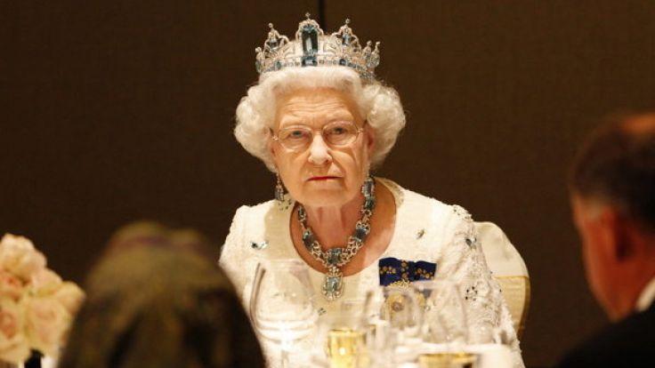 queen elizabeth sie wollen den royals in die suppe spucken bewerben sie sich jetzt. Black Bedroom Furniture Sets. Home Design Ideas