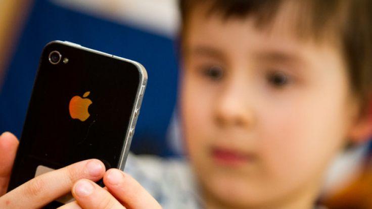 Apple drosselte die Akku-Leistung älterer iPhones. (Foto)