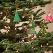 Mit DIESEN Tipps steht der Baum zu Weihnachten sicher (Foto)