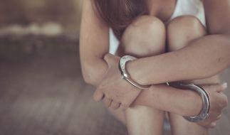 Ein Elternpaar in Japan hielt sein geistig-behinderte Tochter jahrelang gefangen. (Symbolbild) (Foto)