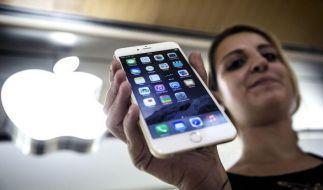 Der Batteriewechsel beim iPhone soll bald deutlich günstiger werden. (Foto)