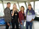 Die neue DSDS-Jury: DJ und Musikproduzent Mousse T. (l.), Popsängerin Carolin Niemczyk (2.v.l.) und Sängerin Ella Endlich sowie Poptitan und Chefjuror Dieter Bohlen. (Foto)