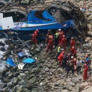 Horror-Crash in der Teufelskurve! Mindestens 48 Tote (Foto)