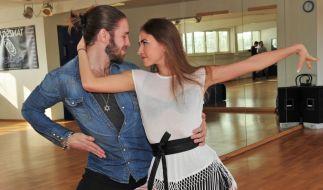 """Gil Ofarim und Ekaterina Leonova standen gemeinsam für """"Let's Dance"""" auf der Tanzfläche. (Foto)"""