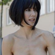 Freizügiger Nackt-Protest gegen Sex-Grapscher (Foto)
