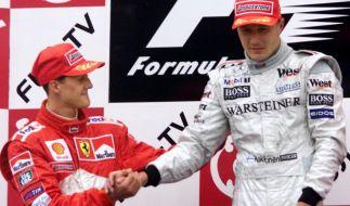 Michael Schumacher (links) und Mika Häkkinen waren jahrelang Konkurrenten. (Foto)